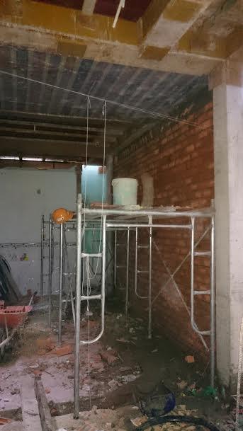 xây tường tầng trệt