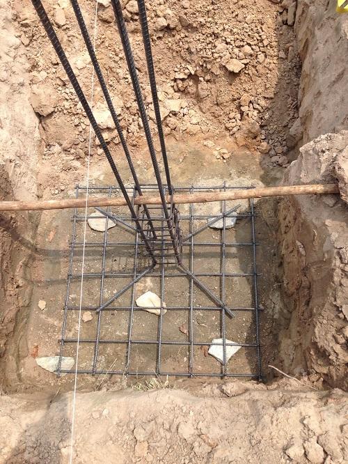 đào đất hố móng