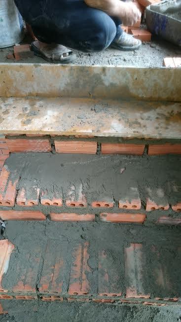 xây cầu thang, đổ bê tông