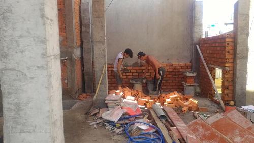 dựng cột, đổ cột, xây tường bao lầu 1