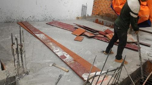 tấn thành sàn lầu 1, đổ bê tông sàn lầu 1