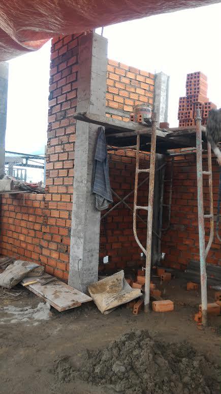 xây tường sân thượng, tô trần lầu 1